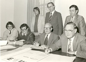 Signing papers for the construction of the Hillman Recreation Building, 1982