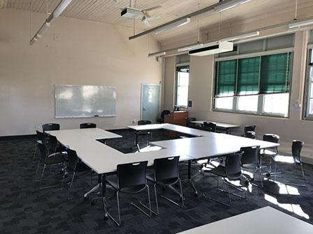 SMB_J106_Classroom