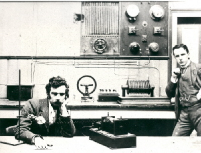 Image of Sutherland and Martell experimenting with X-Ray.