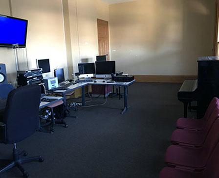 SMB_F025_Classroom