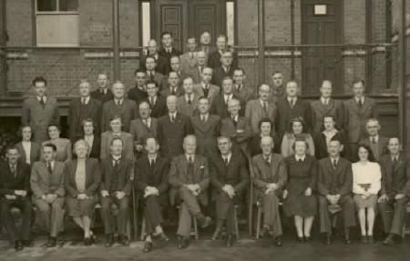 SMB staff, 1946 (Cat.No.0217)